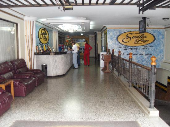 Hotel Sevilla Plaza : recepcion