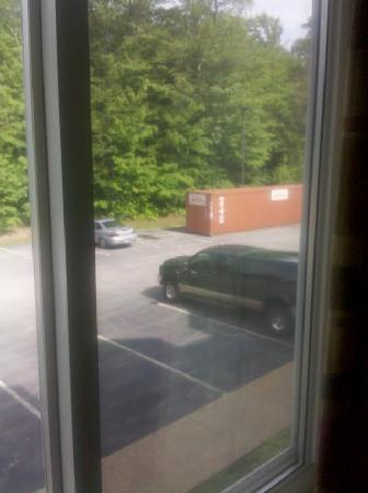Holiday Inn Express & Suites Lincoln East - White Mountains: A Room without a view. LOL.