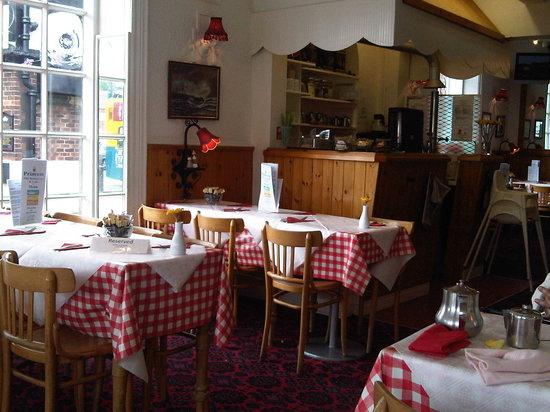 The Princess Cafe & Harbour Restaurant: Princess Interior