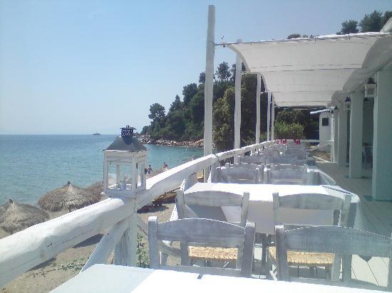 Ta Nissia: balcony to the sea