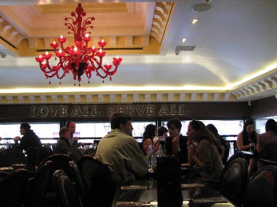 Hard Rock Cafe Venice: L'INTERNO