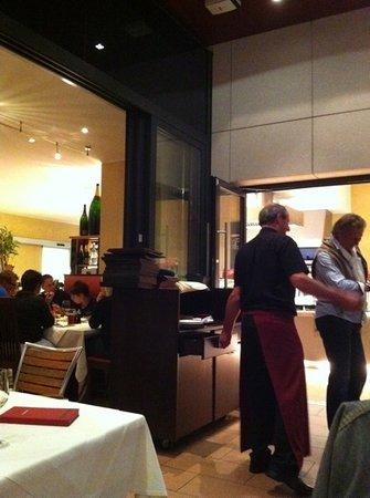 Goritschniggs Lunch Am Tag & Steakhaus Am Abend: se e' sempre pieno c'e un motivo