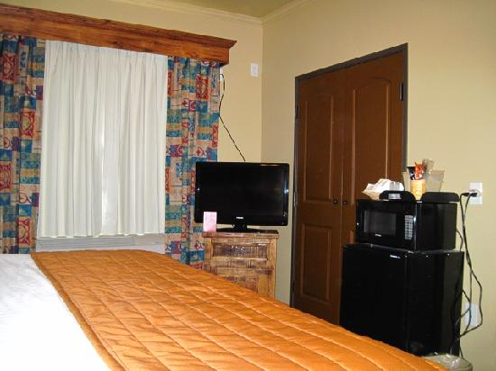 Knights Inn/La Hacienda Alamo Dome / Riverwalk: Room