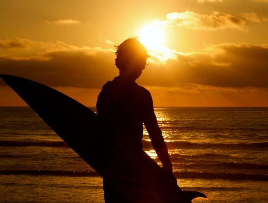 Moonlight Beach Surf Camps: sunset session