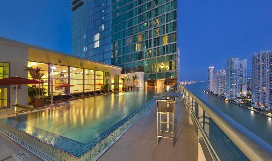 Hotel Beaux Arts Miami: Sky Pool, 19th floor