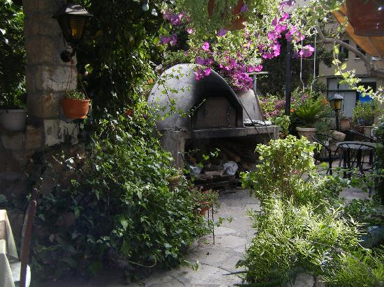 Mother's Restaurant : The Traditional Clay Oven!