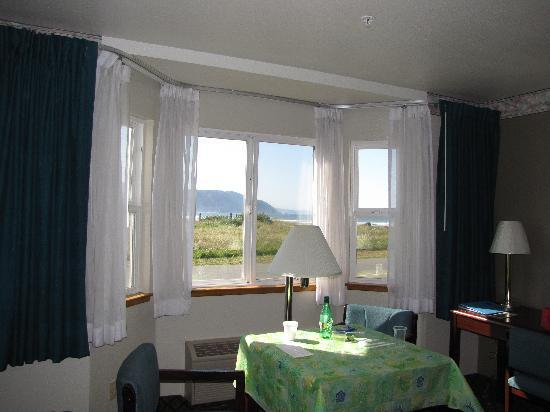 Anchor Beach Inn: Ocean View