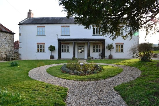 Dolish Farmhouse Bed & Breakfast: B&B retreat in tranquil Devon valley