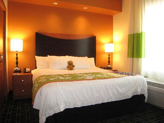 Fairfield Inn & Suites Houston Conroe Near The Woodlands: Bedroom