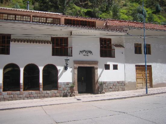 MamaSara Hotel : nice entry