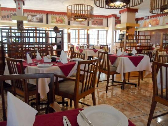 Arcadia Hotel: Breakfast