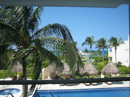 Excellence Playa Mujeres: bldg 9 pool