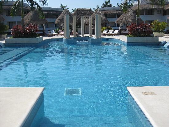 Grand Sunset Princess All Suites Resort: Platnium Pool