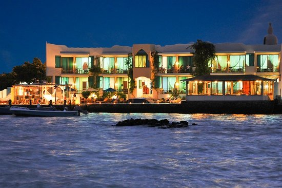 Hotel Solymar in the evening