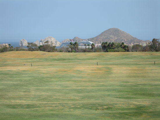 Cabo San Lucas Country Club: Looking back down the 18th Fairway