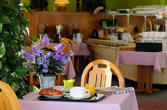 Hotel Charme en Beaujolais: Petit Dejeuner