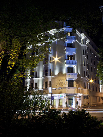 Hotel Excelsior : View from park