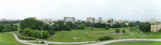 Around Warsaw- city guide : Park Romana Kozlowskiego, east view