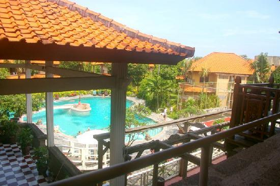 Melasti Legian Beach Resort & Spa: The view from the room...