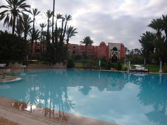 Palais Mehdi : piscine