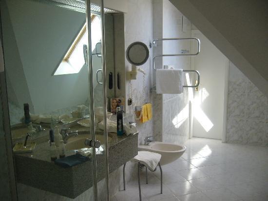 Ringhotel Krone Schnetzenhausen: Bath