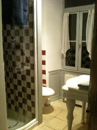Le Grand Logis : Chambre Monseigneur (salle d'eau)