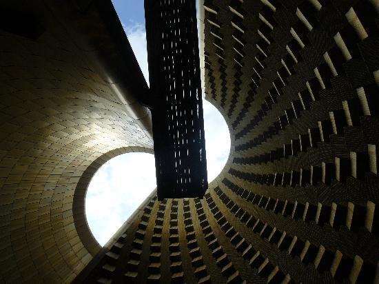 Vulcania: fab architecture