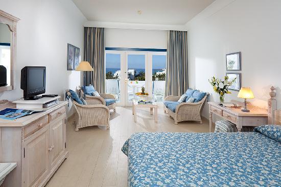 Seaside los jameos playa updated 2017 hotel reviews for Hotel casa de los azulejos tripadvisor