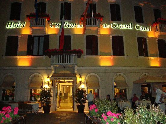 Hotel Carlton On The Grand Canal Reviews