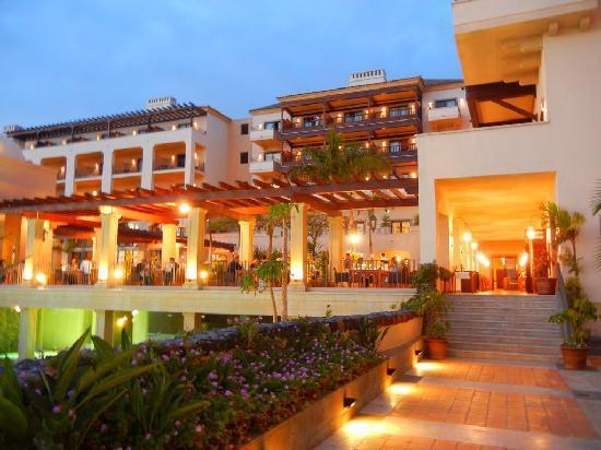 Vincci Seleccion La Plantacion del Sur : Hotel Außenansicht vom garten