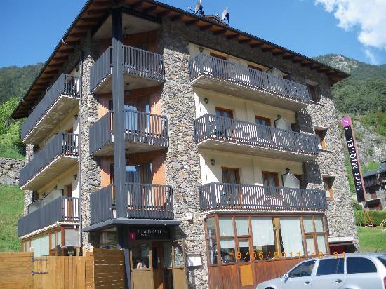 Hotel Sant Miquel: Hotel por fuera