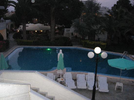 Castle Suites Resort: Utsikt fra en av verandaene