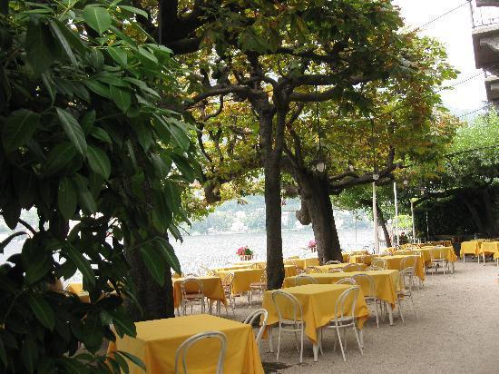 Una terrazza sul Lago di Como \'RISTORANTE E ALBERGO - Foto di ...