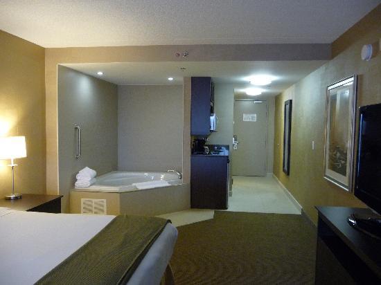 Holiday Inn Express Hotel & Suites Kingston: vasca idromassaggio