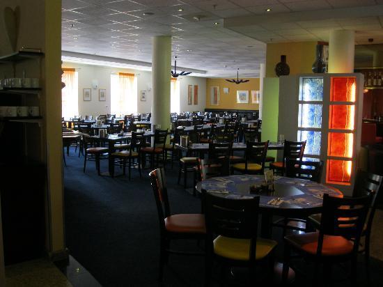 Ramada Encore Geneva: Restaurant