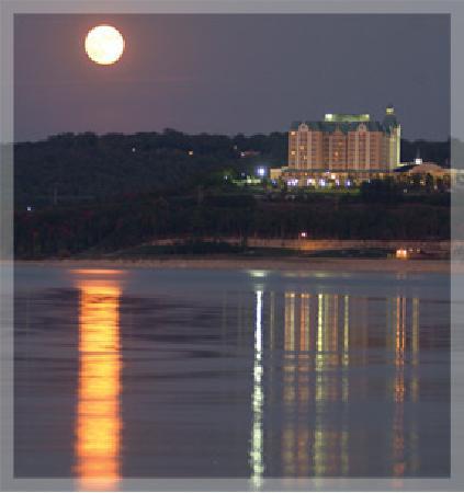 شاتوه أون ذا ليك ريزورت سبا آند كونفنشن: Moonlight