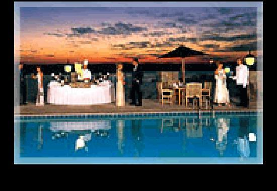 Chateau on the Lake Resort & Spa: Reception at Sunset