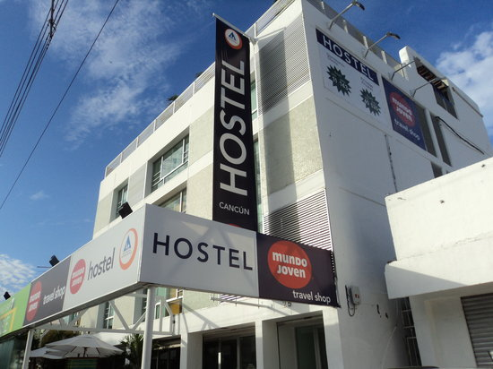 Hostel Mundo Joven Cancun: Main view
