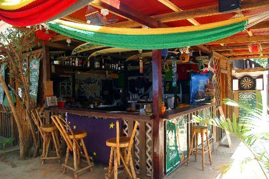 Gigante Bay: Beach Bar
