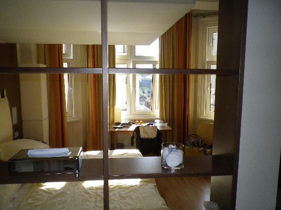 Hotel Rathaus Wein & Design : Room 304