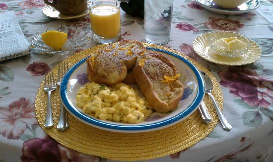 Bear Creek Crossing Bed & Breakfast : French Toast with Orange Zest (AWESOME!)