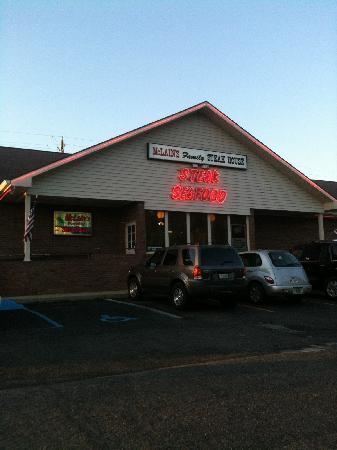 McLain Family Steakhouse: Front of restaurant