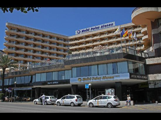 Melia Palas Atenea: Hotel Entrance and Taxi Rank