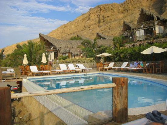 Hotel Grand Mare & Bungalows: Vista piscina