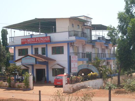 Hotel Royal Punjab