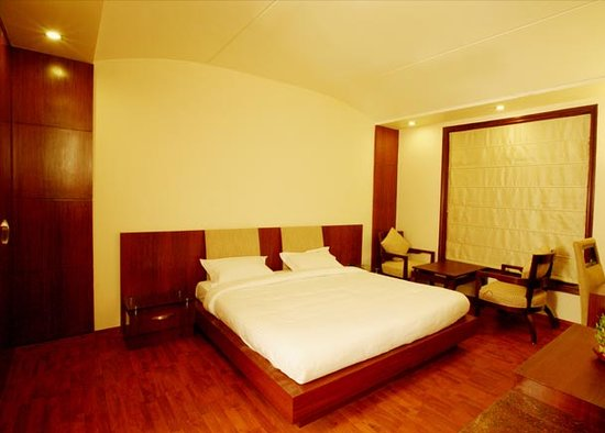Hotel Shubham Vilas