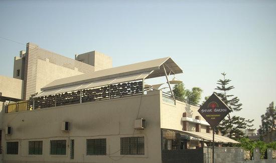 Hotel Shivar Garden