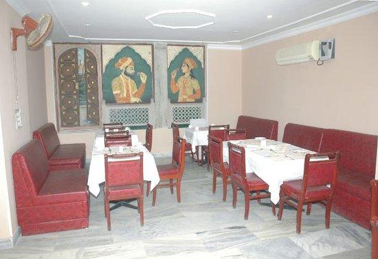 Hotel Satya