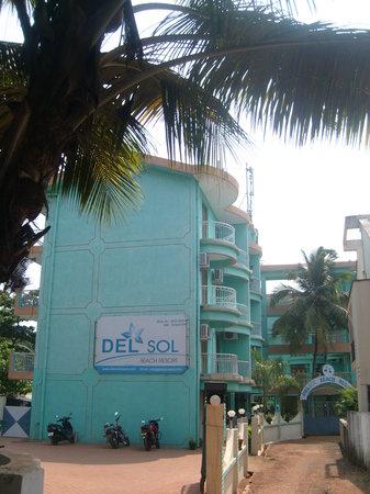 Del Sol Resort