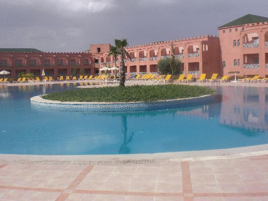Ryad Mogador Agdal: piscina